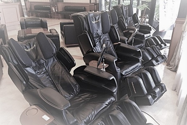 Có nên mua ghế massage cũ thanh lý không ?