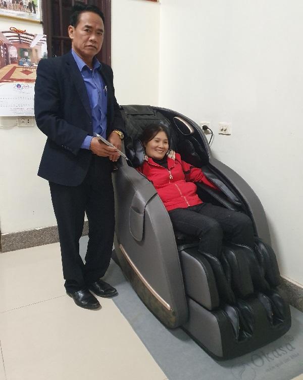 Mua ghế massage để chăm sóc sức khỏe tại nhà?